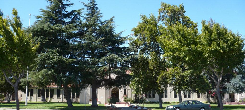 Freemont High School | Image via Flickr http://bit.ly/2b3Ygmo