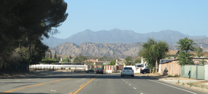 """Tujunga's Foothill road looks like a scene straight out of """"Breaking Bad."""""""